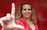 SP - EXECUTIVA/PT/LUIZIANNE LINS - POLÍTICA - A candidata à Prefeitura de Fortaleza pelo PT, Luizianne Lins, fala aos jornalistas ao chegar para reunião da Executiva Nacional do partido com prefeitos e 24 candidatos que disputam o segundo turno das eleições municipais no País. O encontro foi realizado na sede do partido no centro de São Paulo. 07/10/2004 - Foto: EPITÁCIO PESSOA/AGÊNCIA ESTADO/AE