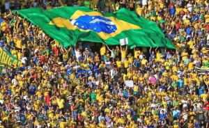 ***FOTO EMBARGADA PARA JORNAIS DE GOIÁS***GOIÂNIA (GO), 04.06.2011 - AMISTOSO SELEÇÃO BRASILEIRA: Brasil x Holanda, no estádio Serra Dourada. Foto: Weimer Carvalho/O Popular/Folhapress