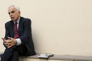 2012.04.17 - Porto Alegre/RS/Brasil - Entrevista exclusiva com diplomata Samuel Pinheiro Guimarães, Alto Representante do Mercosul. Foto: Ramiro Furquim/Sul21.com.br