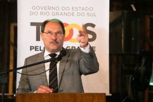 05/12/2016 - PORTO ALEGRE, RS - Sartori se reune com prefeitos para discutir apoio ao Pacote. |Foto: Maia Rubim/Sul21